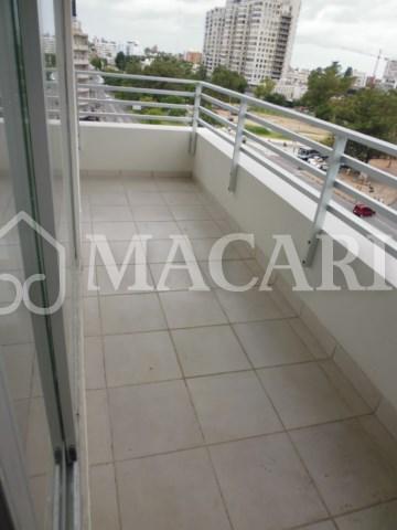 P1110368 -macari