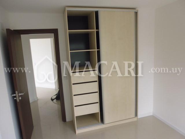 P1110371 -macari