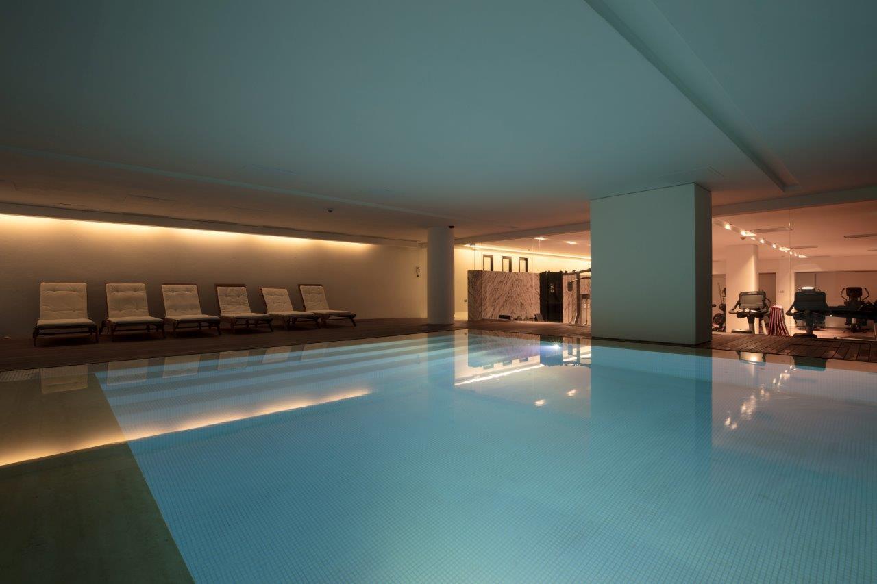 FORUM - Foto piscina interior y gimnasio EN BAJA