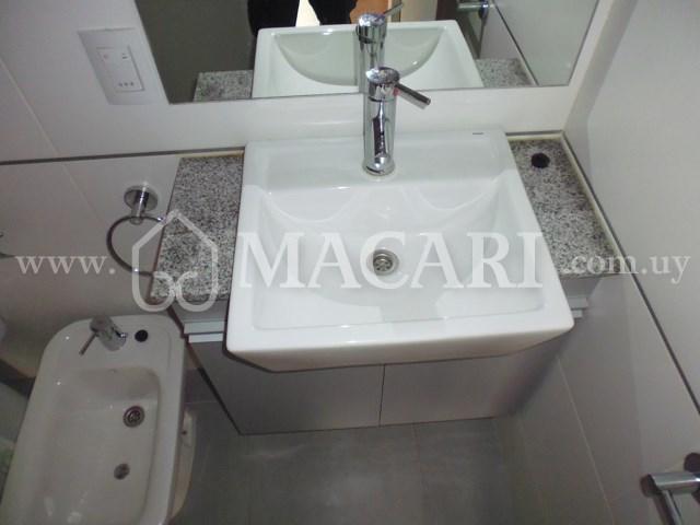 P1030074 -macari